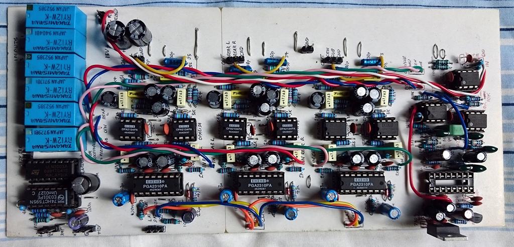 Hi-Fi 5 1 amplifier - Digital controlled Preamp
